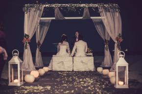 Neus y David: una boda internacional en laplaya